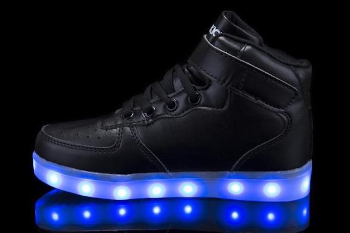 Mini kids Super Nova light-up shoe
